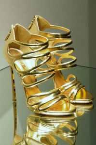 high-heels-shoes-luxury-rich.jpg